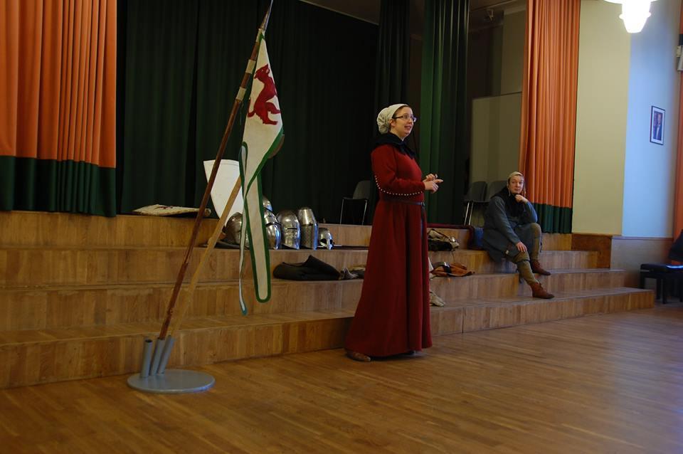 Tarka juttu keskaegsest igapäevast räägib Katrin Koch-Maasing. Saue Gümnaasium 01.02.2016